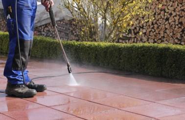Terrasse säubern, Hochdruckreiniger